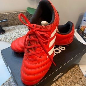 Adidas soccer cleats kid size